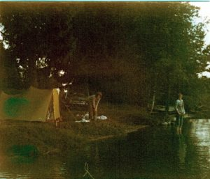 Kamp bij het meer